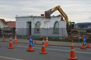 Girl Guides' Hall (former Oddfellows' Hall), Gordon Road, Mosgiel, demolished 2013