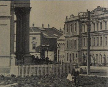 The building as it appeared in 1904