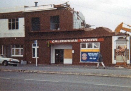 Caledonian Tavern, Andersons Bay Road, demolished 1995. Alan Pritchard photo.