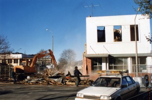 Demolition in Great King Street, c.1996. Tania King photo.