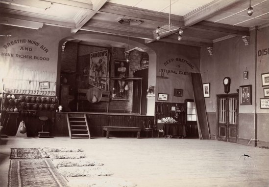 Northey's School of Physical Culture in the Sussex Hall. Ref: Alexander Turnbull Library PAColl-0318-01.