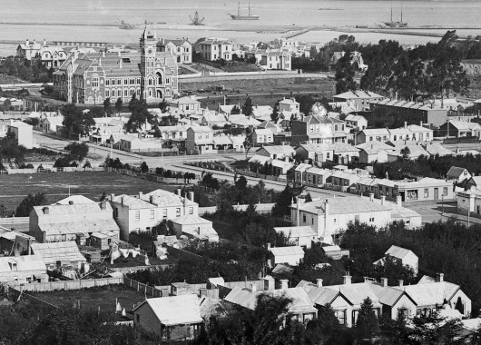 An early 1880s view showing Albion House (as it was then known) at the centre right. Detail from Burton Bros photograph. Ref: Te Papa C.012457.